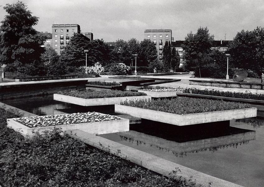 Historický pohled na Park Střed z období osmdesátých let