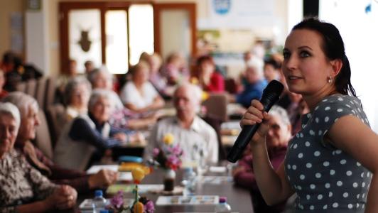 Diskuse s mosteckými seniory